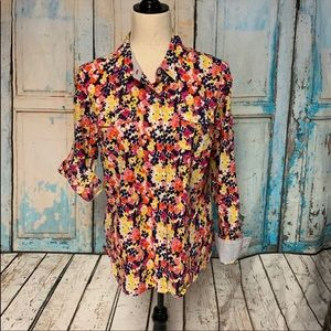 💸💸💸Tommy Hilfiger Floral button down large.